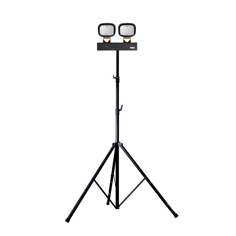 TWIN HEAD FLOODLIGHT WITH SWING LEG TRIPOD 110v
